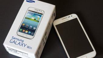 รีวิว Samsung Galaxy Win มือถือ Quad-Core ราคาต่ำกว่าหมื่น จอใหญ่ ไซส์คุ้มค่า