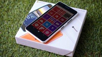 [Review] รีวิว Microsoft Lumia 640 มือถือ Windows Phone ระดับกลาง พร้อมของแถมโดนใจ ในราคา 5,990 บาท