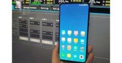 ไม่ต้องหลุด ปล่อยเอง !! ผู้บริหาร Xiaomi เผยภาพ Mi Mix 3 รองรับ 5G !!