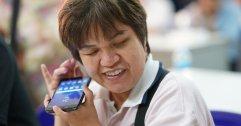 [PR] Samsung หนุนนวัตกรรม ก้าวข้ามผ่านข้อจำกัดผู้พิการทางสายตา ด้วยเทคโนโลยีสมาร์ทโฟน