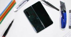 Samsung Galaxy Fold ถูกแงะเรียบร้อยแล้วครับ พบแบตเตอรี่ถึง 2 ก้อน