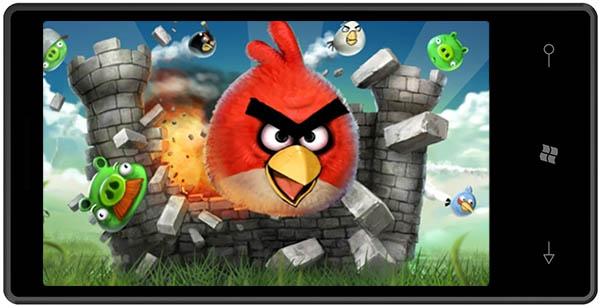 Angry Bird เตรียมลง Windows Phone 7 ปีนี้