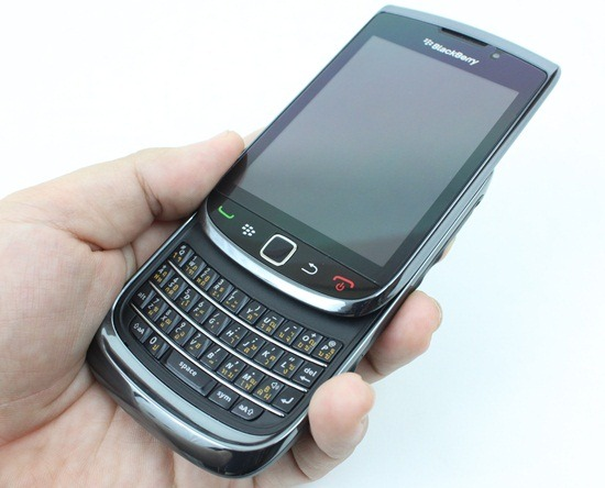 BlackBerry Torch 9800 23