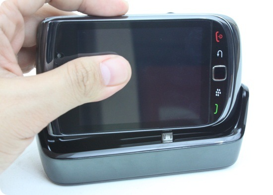 BlackBerry Torch 9800 43