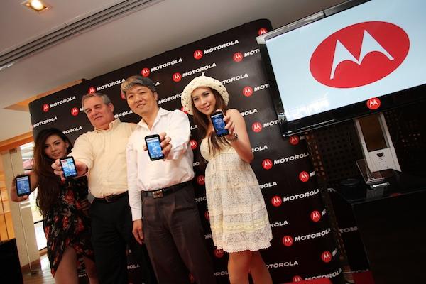 PR Motorola Smartphone Defy 137