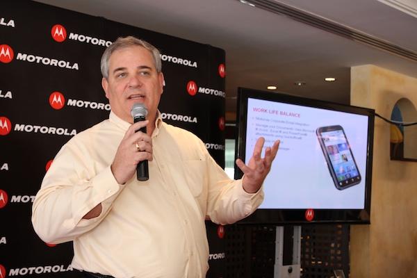 PR Motorola Smartphone Defy 345