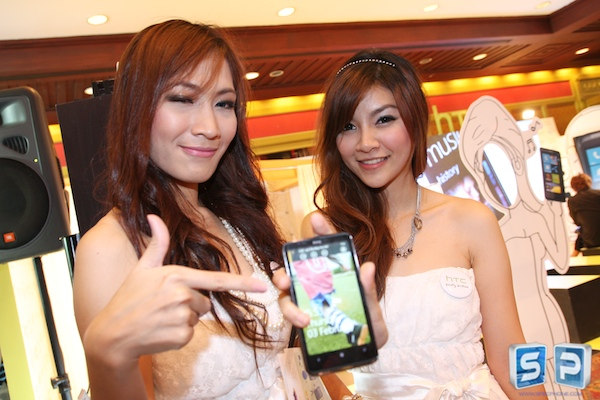 Pretty Thailand Mobile Expo 2011 40