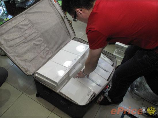 iPad 2 เครื่องหิ้วราคาดิ่งลงอีก!!! ต้อนรับกับการใกล้เปิดตัวอย่างเป็นทางการในประเทศไทย