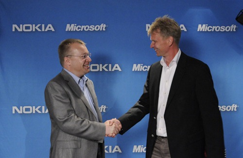 ลือ !! Microsoft เตรียมเทคโอเวอร์ Nokia