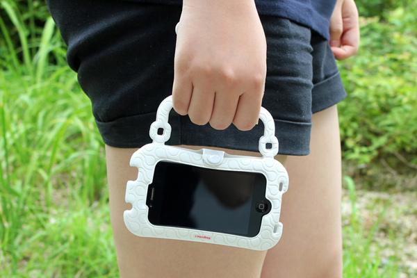 i-Handbag เคสกระเป๋าหิ้วใบน้อยเอาใจสาวๆ ที่ใช้ iPhone และสมาร์ทโฟนรุ่นอื่นๆ