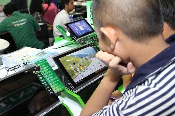 Specphone Commart X'Gen 2011 581