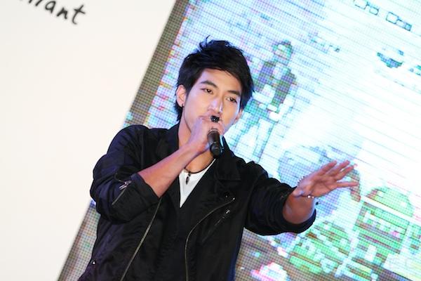 2011 8 4 HTC Cha Cha 105