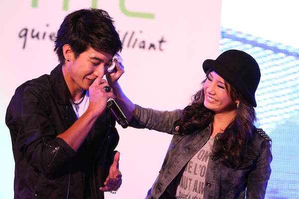 2011 8 4 HTC Cha Cha 155