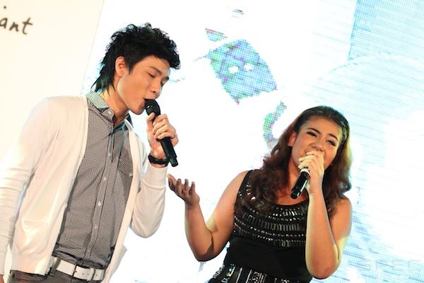 2011 8 4 HTC Cha Cha 93