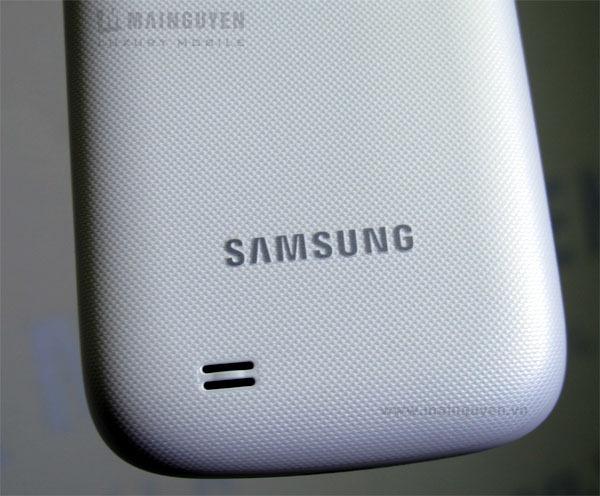 Samsung-Galaxy-W-I8150_8