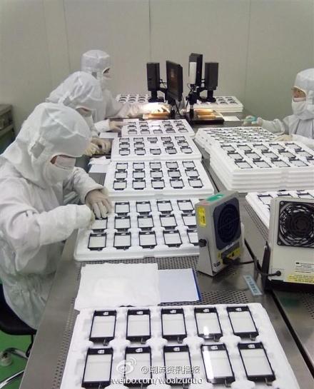 """ลือกันอย่างมั่นใจ Apple ให้จอง iPhone 5 ปลายกันยา ขาย 7-14 ตุลา และอาจเป็น """"World Phone"""""""