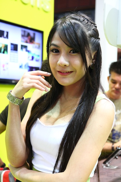 Thailand Mobile Expo Showcase 2011 Pretty1 16