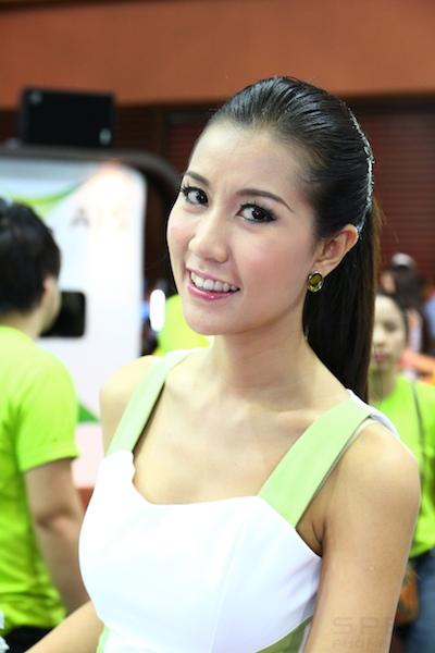 Thailand Mobile Expo Showcase 2011 Pretty1 20