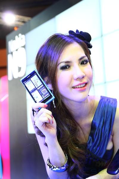 Thailand Mobile Expo Showcase 2011 Pretty1 23