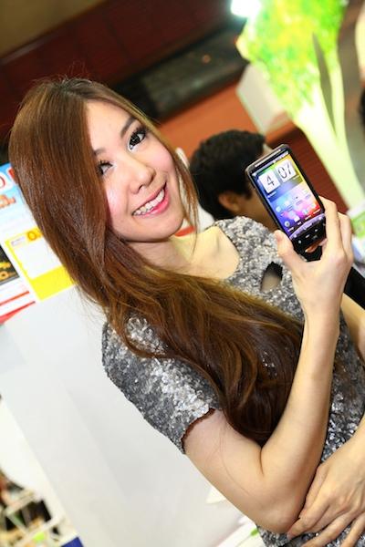 Thailand Mobile Expo Showcase 2011 Pretty1 34