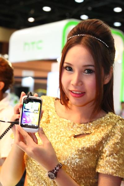 Thailand Mobile Expo Showcase 2011 Pretty1 39