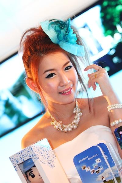 Thailand Mobile Expo Showcase 2011 Pretty1 45