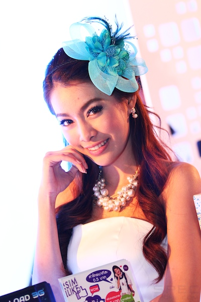 Thailand Mobile Expo Showcase 2011 Pretty1 46