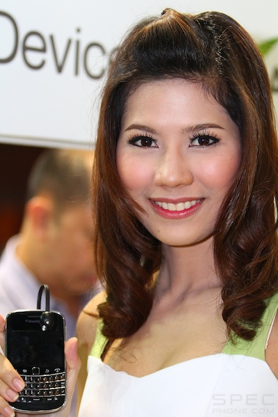 Thailand Mobile Expo Showcase 2011 Pretty1 48