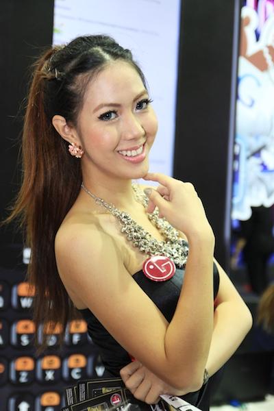 Thailand Mobile Expo Showcase 2011 Pretty2 31