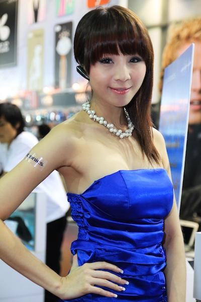 Thailand Mobile Expo Showcase 2011 Pretty2 8