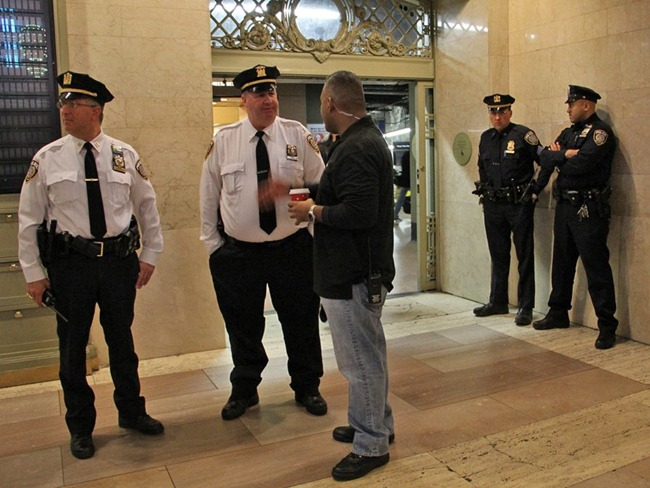 there-were-far-more-police-around-grand-central-than-usual-to-make-sure-nothing-went-wrong
