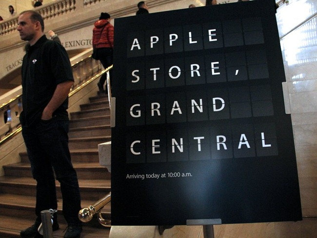 welcome-to-the-new-apple-store-in-grand-central