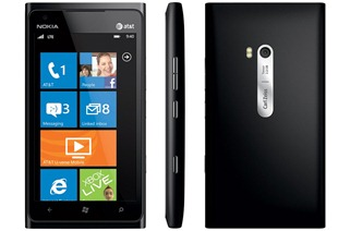 nokialumia900black2_gallery_post