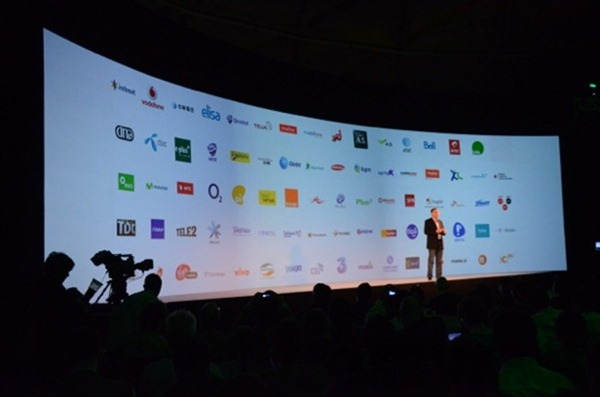 [MWC 2012] รายงานเปิดตัวมือถือ HTC ใน Mobile World Congress 2012