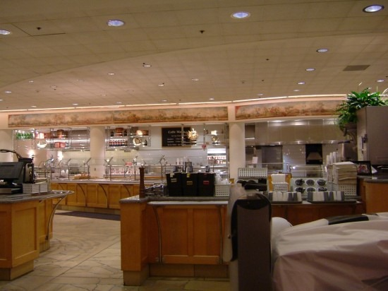 apple_hqcafeteria2-550x412
