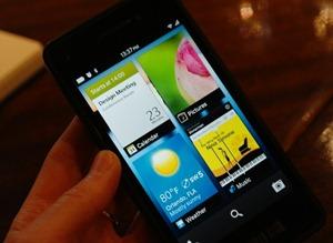 blackberry-10-homescreen
