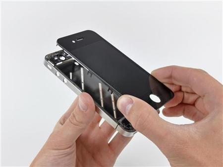 รายงานเผย Apple เริ่มสั่งชิ้นส่วนจาก Samsung น้อยลง แต่คาดว่าไม่เกี่ยวกับคดีละเมิดสิทธิบัตร