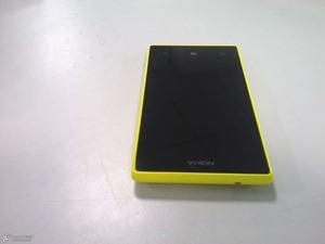 Nokia-Lumia-830-2