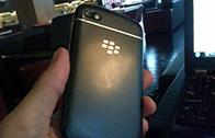 เครื่อง BlackBerry 10 อีกรุ่น มาในทรงเเบบ QWERTY สุดคลาสสิค