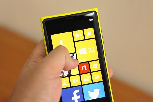 Nokia_Lumia_920_Review 022