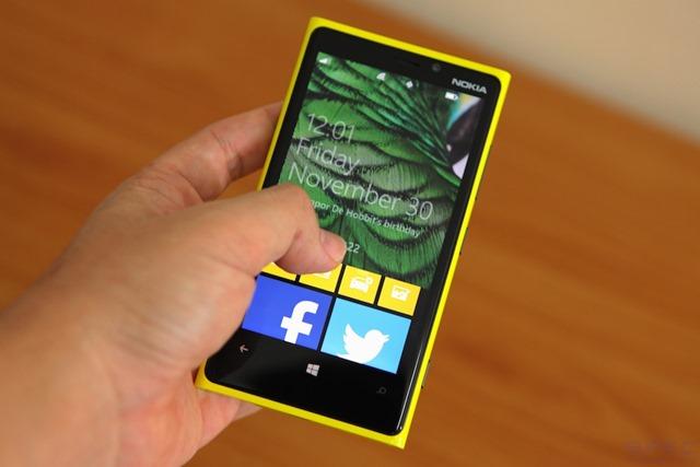 Nokia_Lumia_920_Review 028