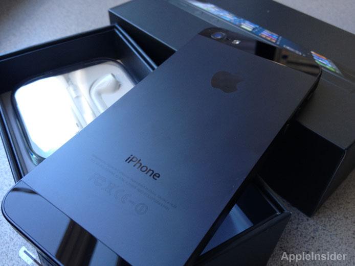 ยอดขาย iPhone 5 ในจีนแค่สัปดาห์แรกสูงถึง 2 ล้านเครื่อง ทำลายสถิติเก่าของ iPhone 4S ราบคาบ