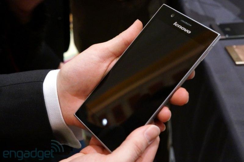 [CES 2013] Hands-On มือถือ Lenovo K900 ที่มาพร้อมชิป Intel Clover Trail+ ตัวแรกๆ ของโลก