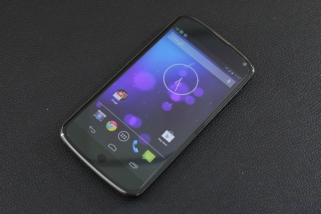 Google Nexus 4 Review 001