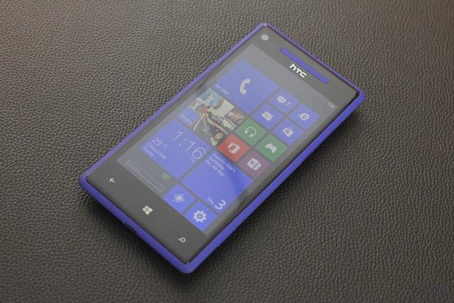 พรีวิว HTC Windows Phone 8X : Windows Phone 8 ตัวท็อปๆ ที่มีจุดเด่นเรื่องน้ำหนักเบา