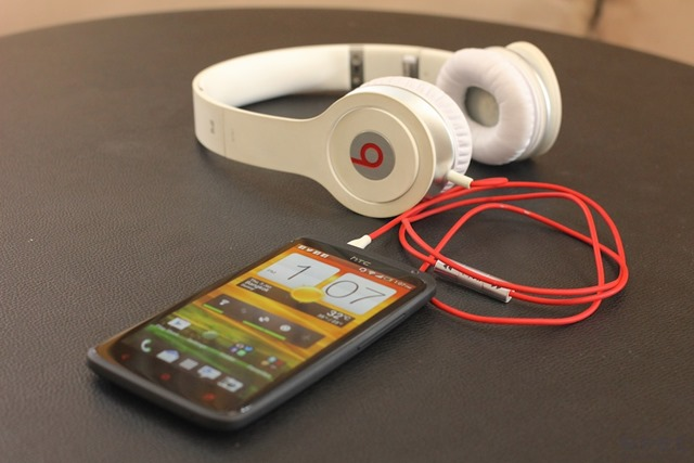 HTC One X  Review 023