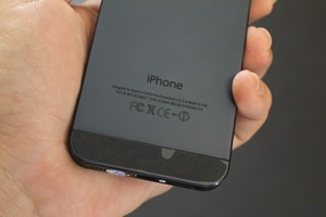 iPhone 5 Fake Review 021