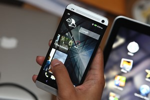 HTC One Hands-on 078