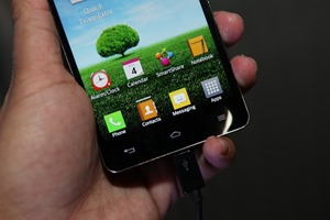 LG-Optimus-G-Hands-on-SpecPhone 039