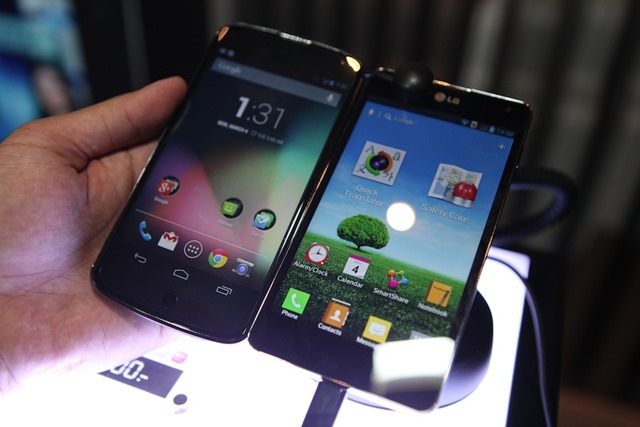LG-Optimus-G-Hands-on-SpecPhone 053